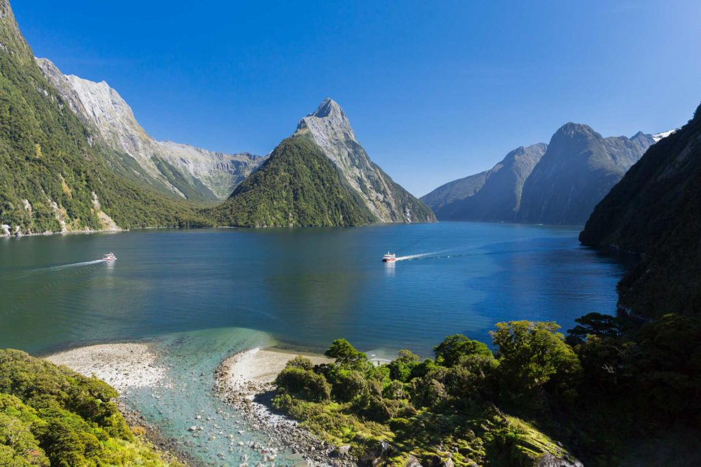canalul-milford-sound